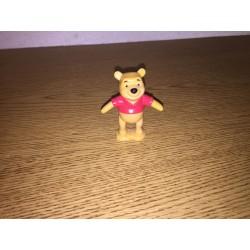Pooh Figurine / Cake Topper